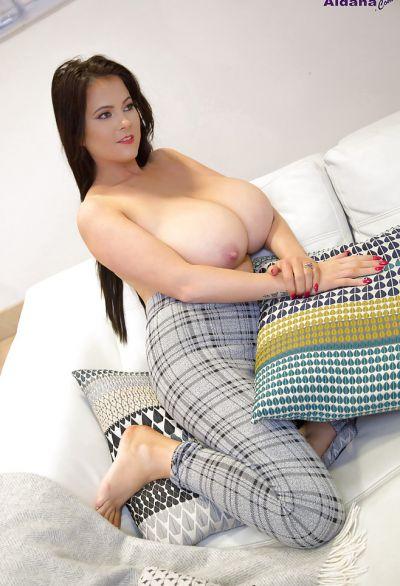 Фото №12 Жена с огромными висячими дойками