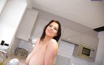 Фото №8 Жена с огромными висячими дойками